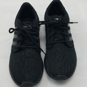 Adidas Sneakers.
